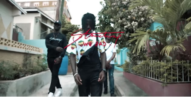 "<h3>WATCH STONEBWOY IN 'WE BAD' VIDEO!</h3><br />Ghanaian dancehall act Stonebwoy shares the official visual for his single off the Epistles of Mama (EOM) album, titled ""We Bad (Don 45)"". The video shot in Jamaica, captures the city.