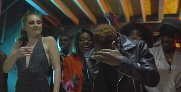<h3>L.A.X DROPS NEW VIDEO: SIGN SI(BADDEST RIDDIM)</h3><br />L.A.X DROPS NEW VIDEO: SIGN SI(BADDEST RIDDIM)